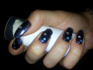 nuit étoilée  dans nail art 2012-08-25-23.54.21-300x225