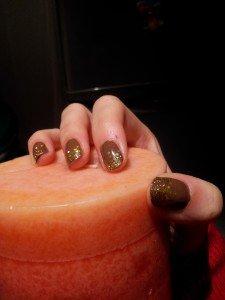 l'or c'est chic dans nail art 2012-10-15-19.00.041-225x300