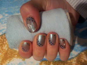 sky is blue  dans nail art 2012-10-24-16.34.54-300x225